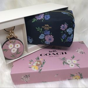 COACH Navy Cosmetic Bag Travel Boxed Set
